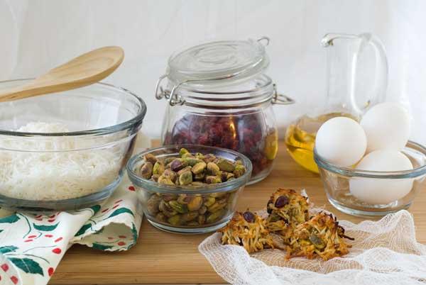 gluten-free-pistachio-cranberry-haystacks